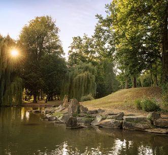 Residenzschloss Mergentheim, Schlosspark mit See