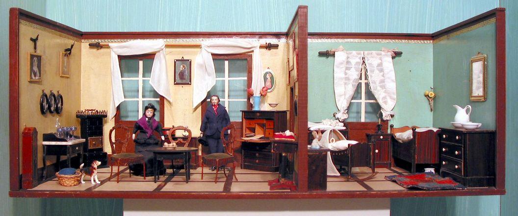 Residenzschloss Mergentheim, Puppenstube mit Wohn- und Schlafzimmer